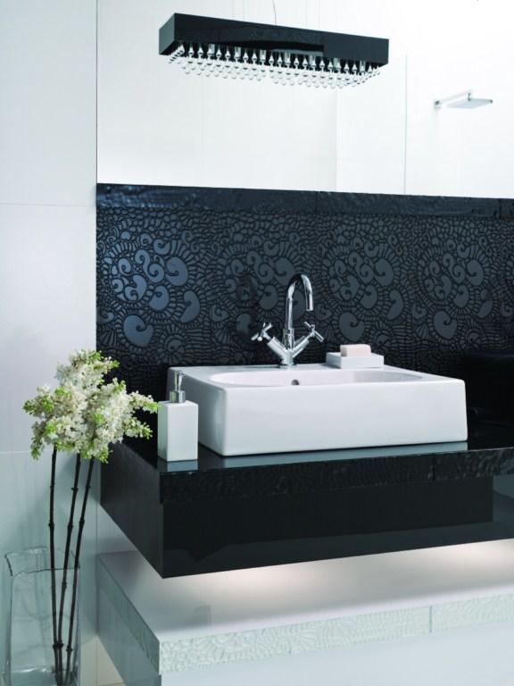 Alchemiczne łazienkowe kontrasty