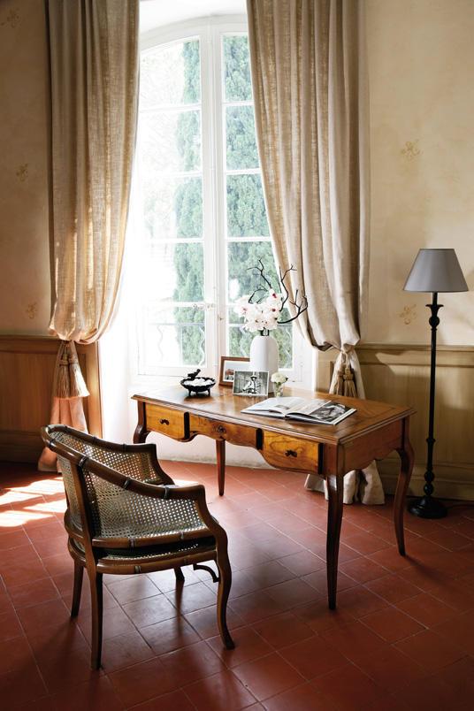Grange - domowy gabinet