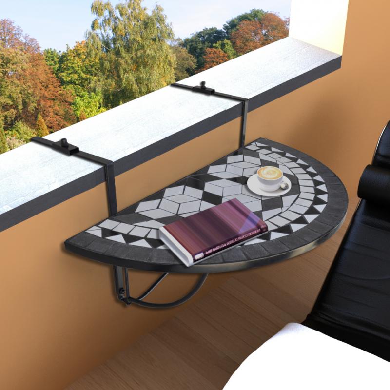 Letnie wieczory na tarasie lub balkonie – jak nastrojowo urządzić tę przestrzeń?