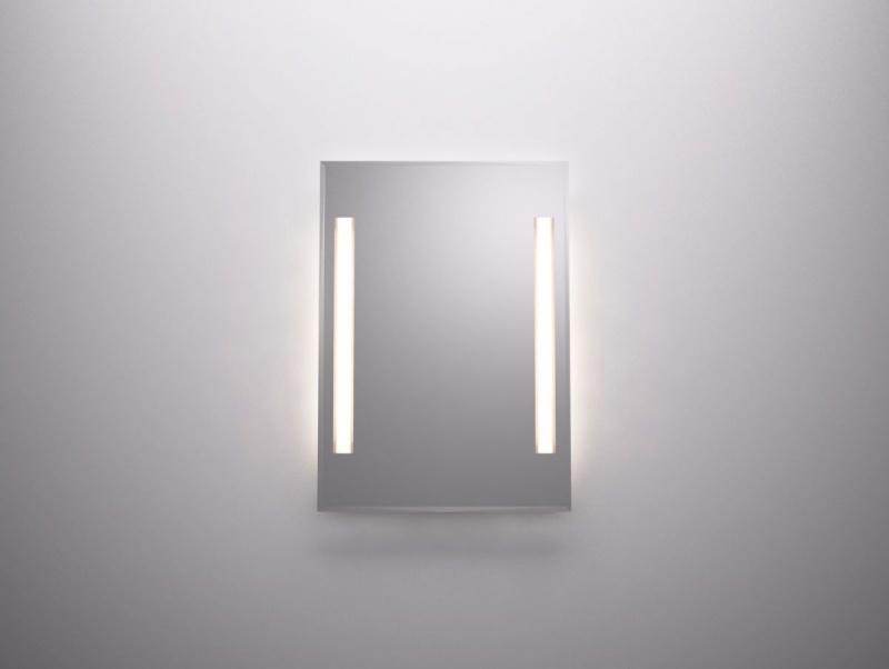 Światło w lustrze