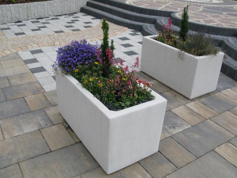 Mała architektura w ogrodzie – kolekcja Libet Stampo