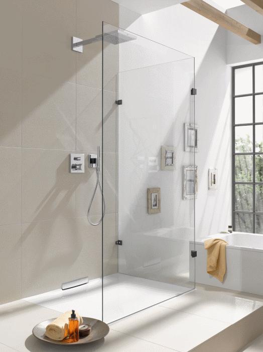 Niezwykłe kreacje łazienkowe – letni przegląd inspiracji