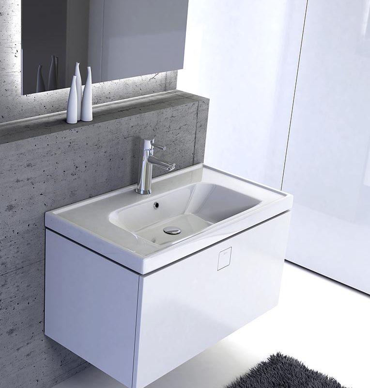 Kolekcja mebli łazienkowych – szafka podumywalkowa