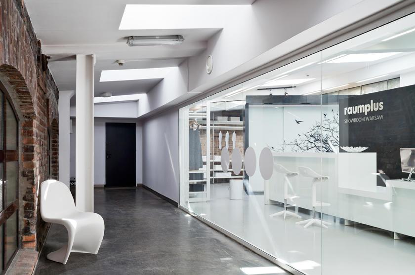 Pierwszy w Polsce showroom raumplus prezentujący linię premium już otwarty!