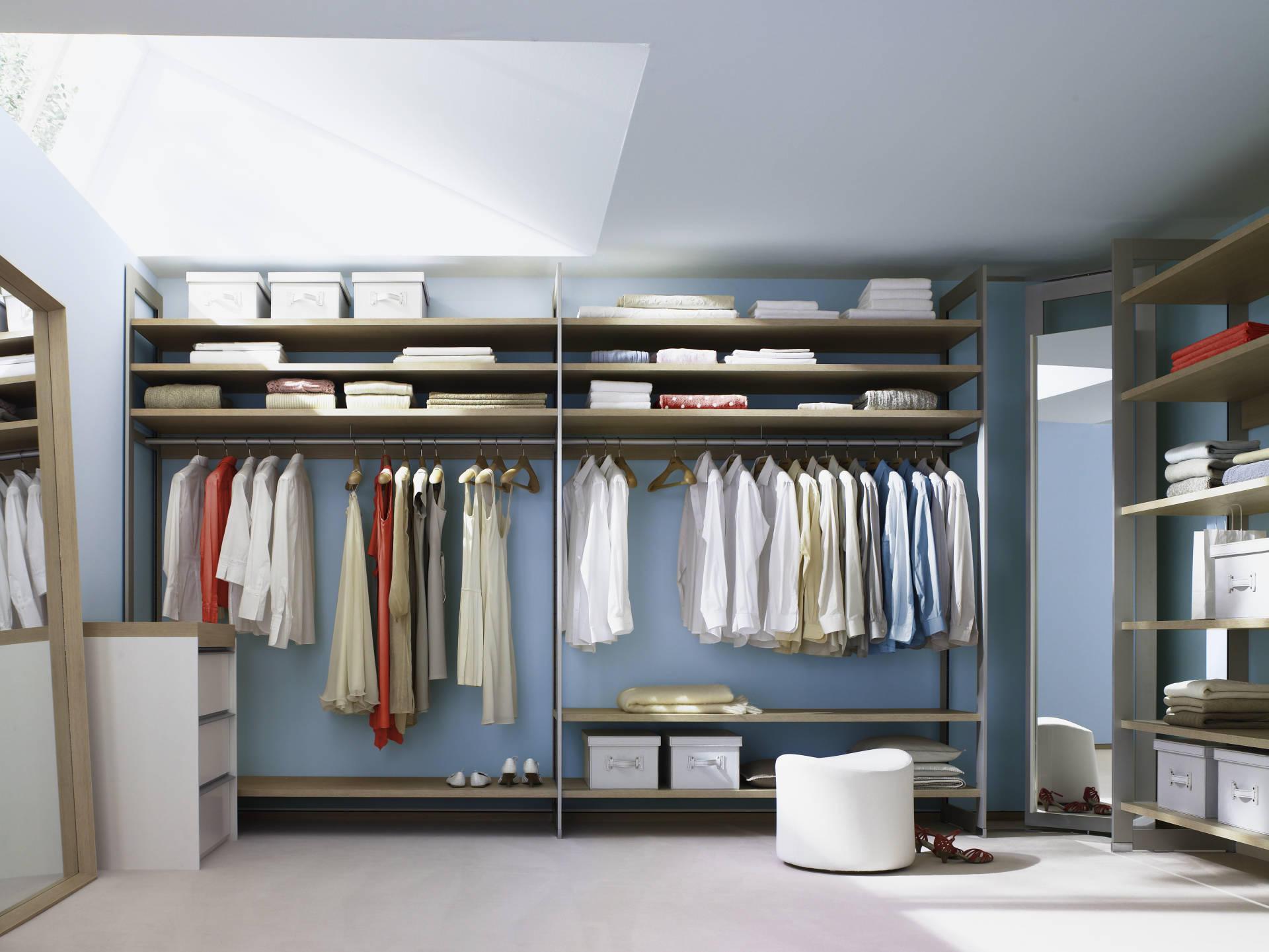 Raumplus - szafy i regały narożne