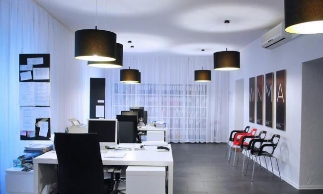 Fot. Wnętrza Biura Rachunkowego w Dąbrowie Górniczej wraz z CI autorstwa Anny Urbańskiej oraz musk collective design