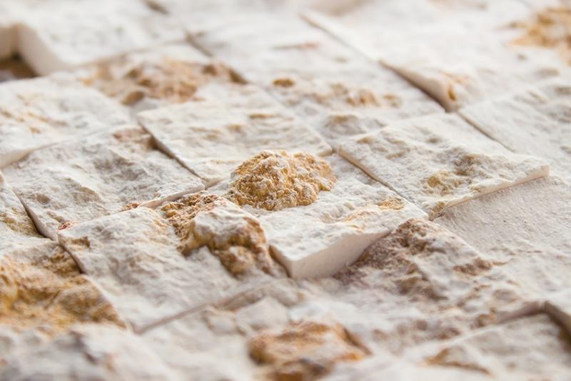 Z kamienia na kamień – mozaikowa układanka