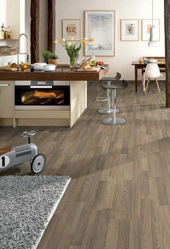 Panele jak drewno, płytki czy beton