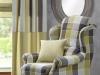 Zobacz jak stylowo urządzić salon w odcieniach zieleni.