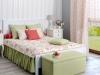 Romantyczna sypialnia, zasłony kwieciste.
